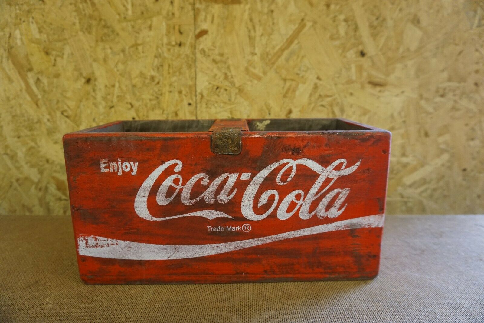 Lot 55 - Coca Cola Crate