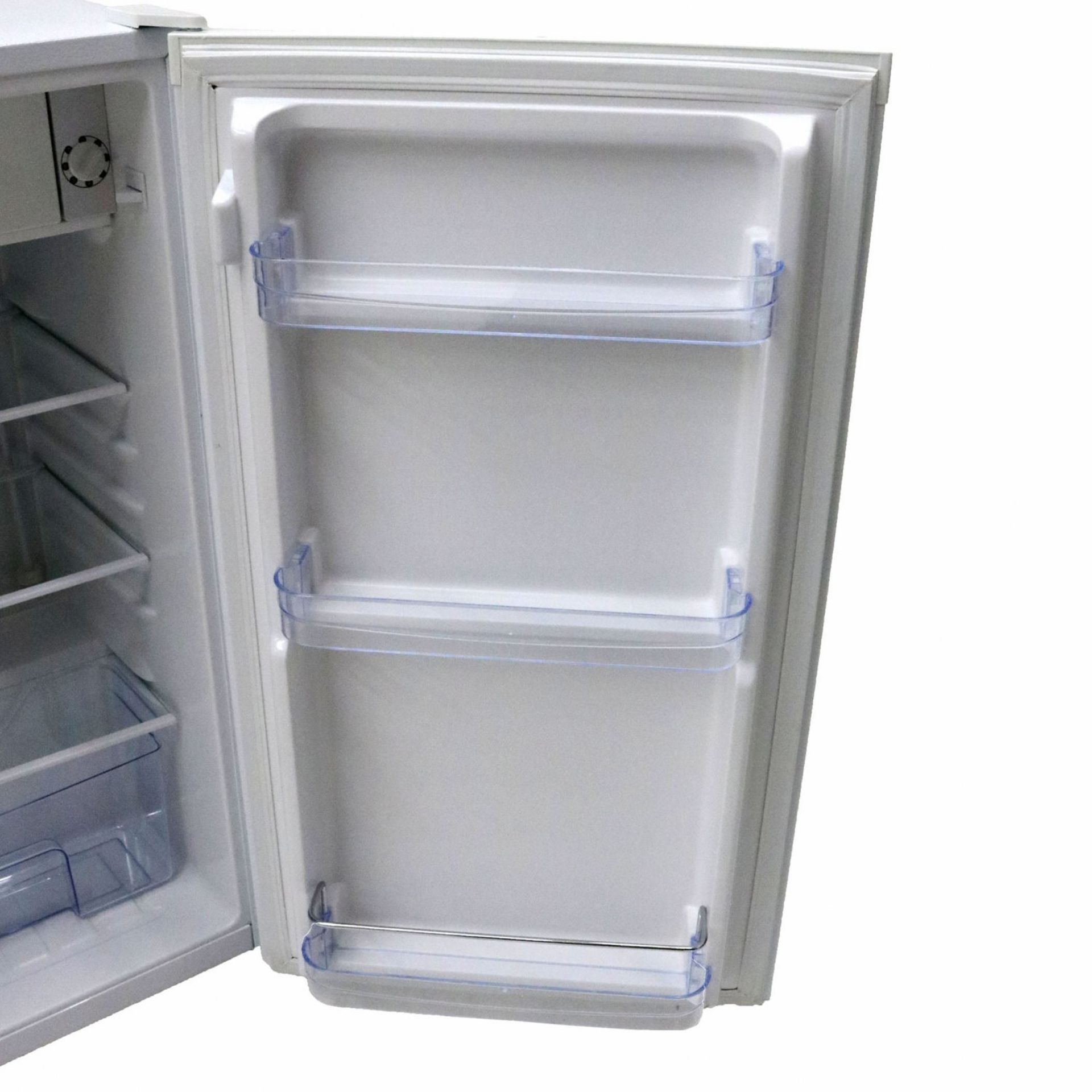 Lot 2 - (RU1) The under counter 90L fridge offers a space saving compact design with all the top qualit...