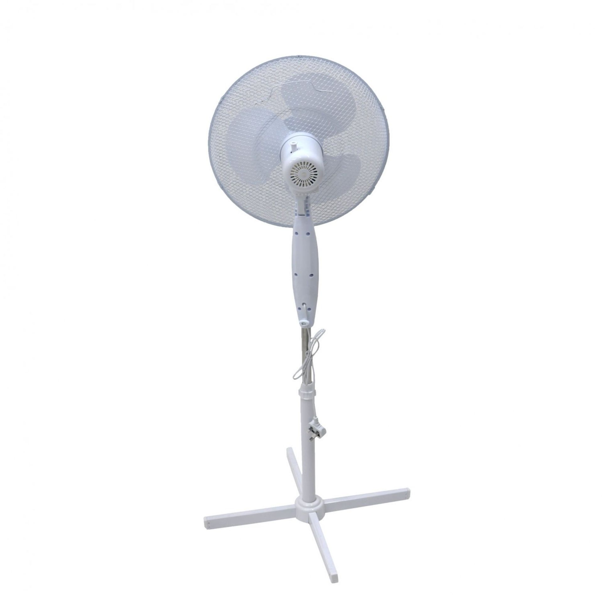 "Lot 5 - (RU2) 16"" Oscillating Pedestal Electric Fan The fan head oscillates and tilts which mea..."