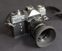 Vintage Zenit-Em Camera