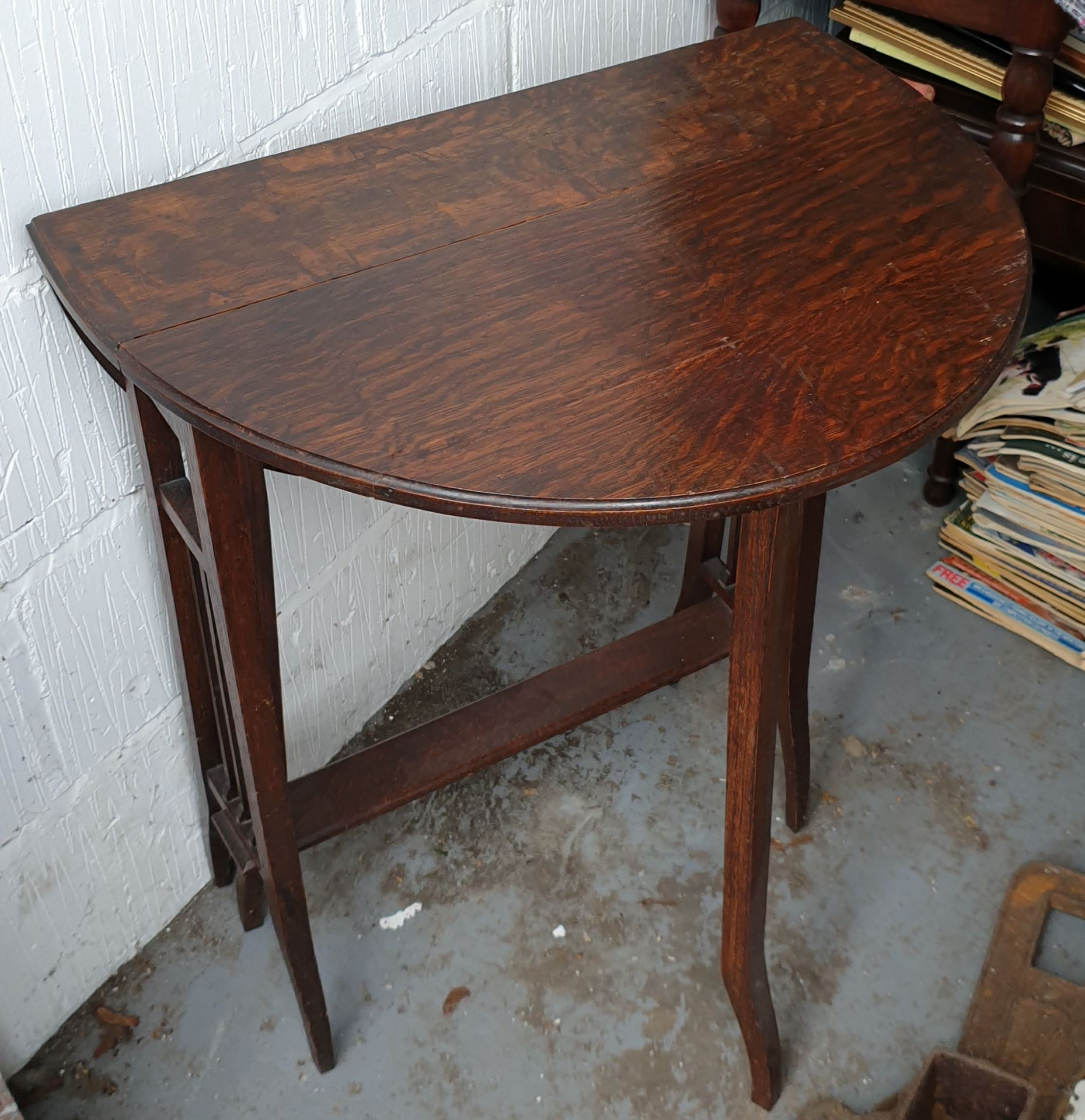 Antique Small Edwardian Gate Leg Table - Image 3 of 3