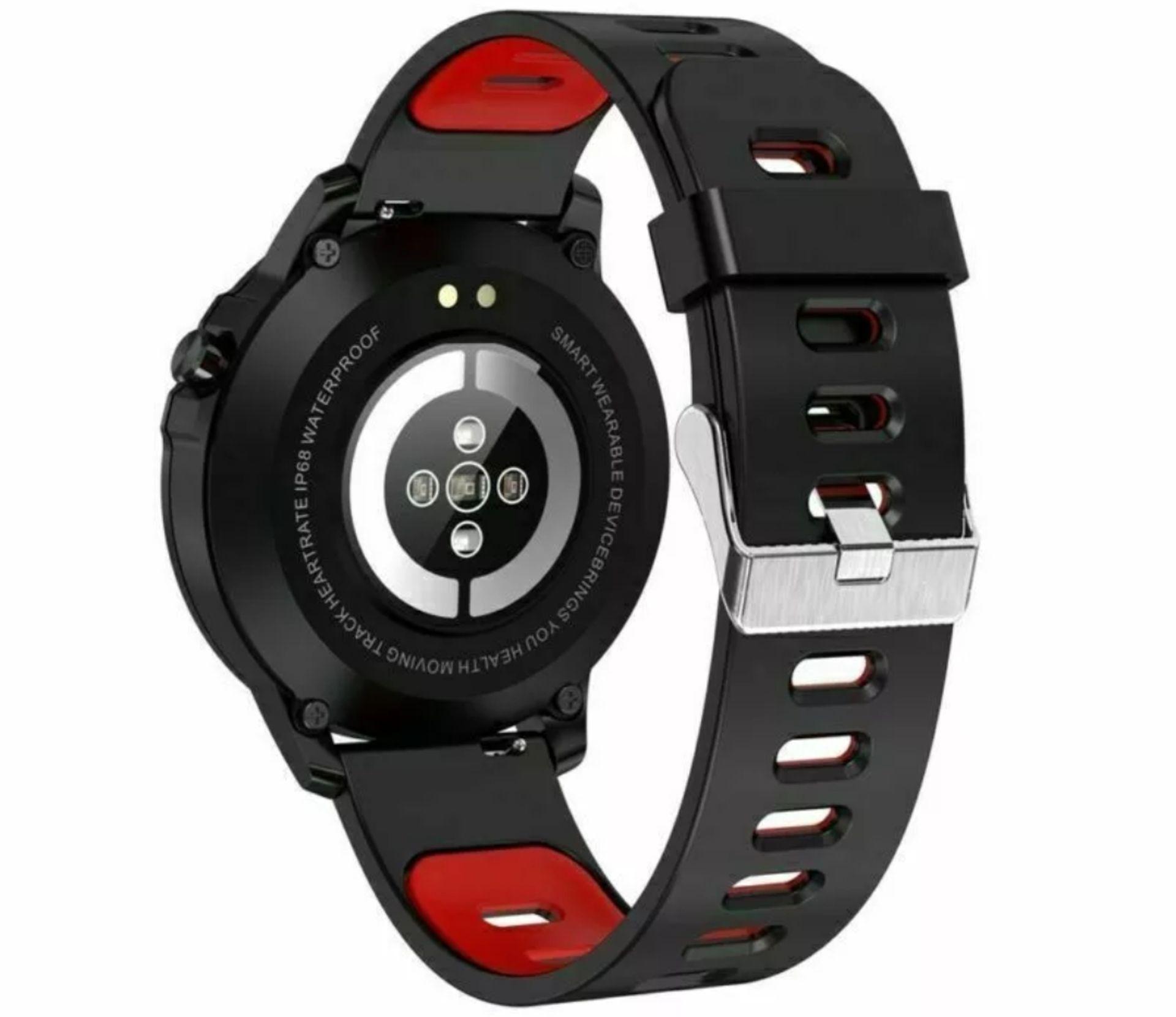 Lot 154 - L8 Blood Pressure, Oxygen, Heart Rate Monitor, Bt4.0 Ip68 Smart Watch - Grey/Black Strap