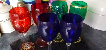 Set 6 Decorative Wine Glasses
