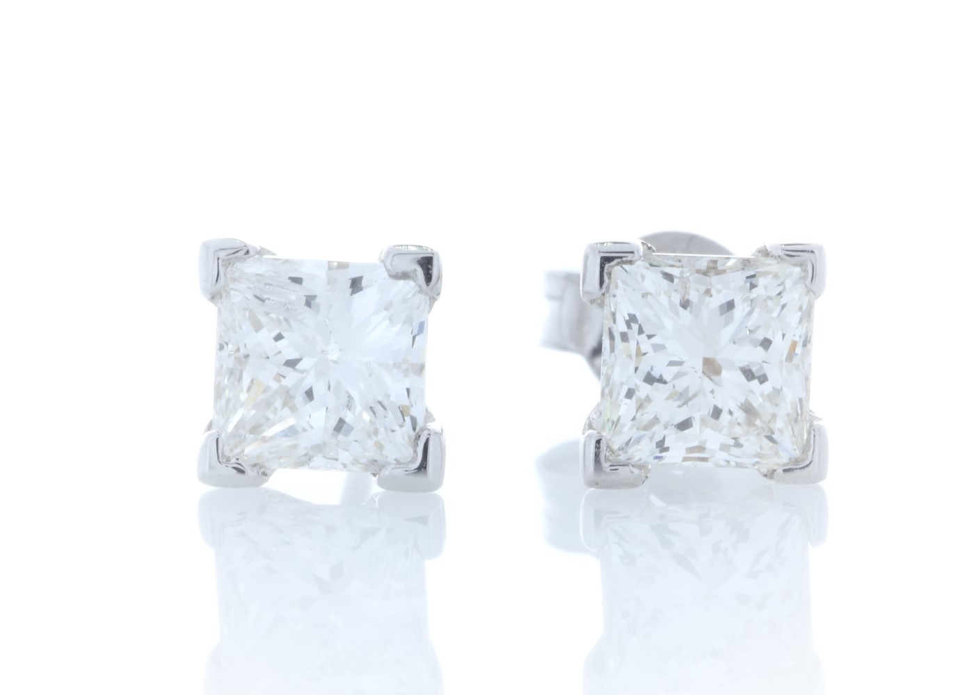 18ct White Gold Princess Cut Diamond Earrings 2.01 Carats