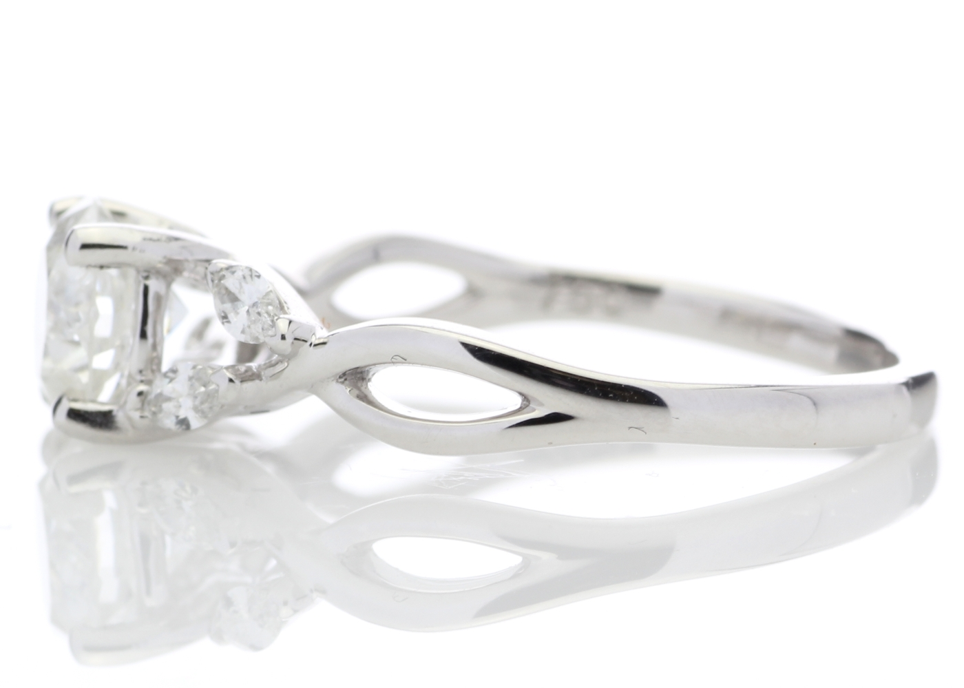 Lot 22 - 18ct White Gold Diamond Ring With Leaf Shoulders 1.07 Carats