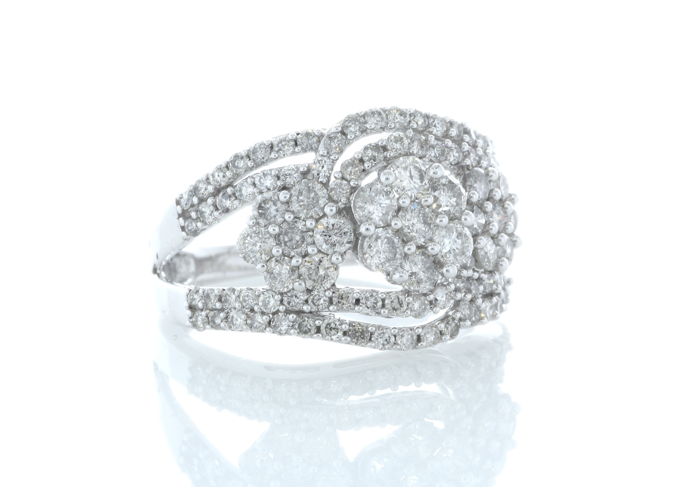 Lot 45 - 14ct Gold Flower Cluster Diamond Ring 2.00ct Carats