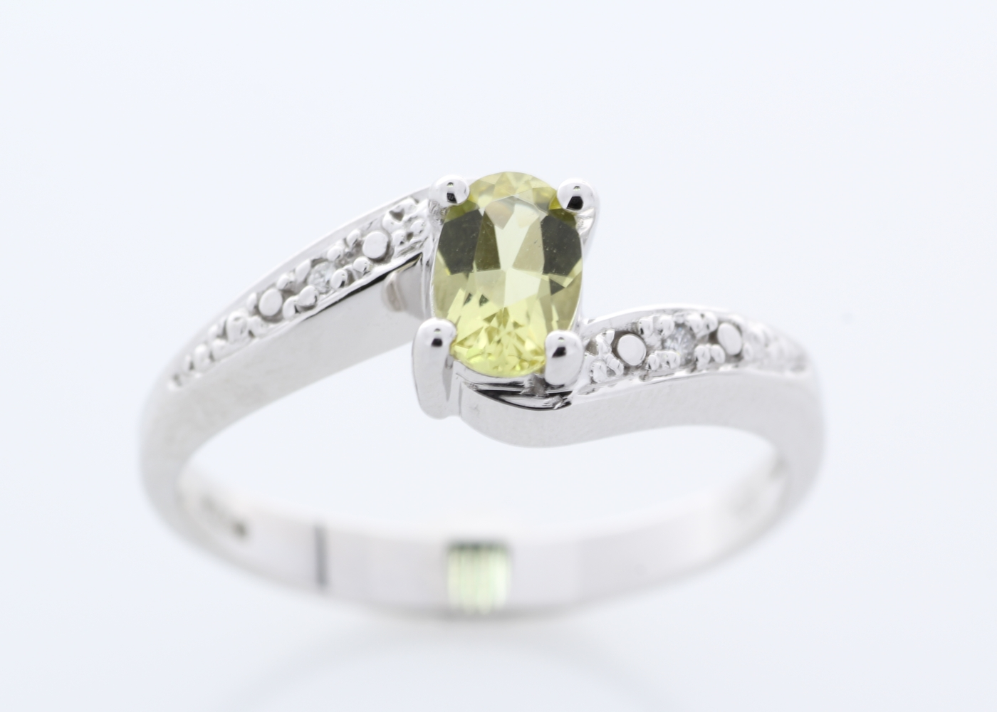 Lot 59 - 9ct White Gold Diamond And Lemon Quartz Ring