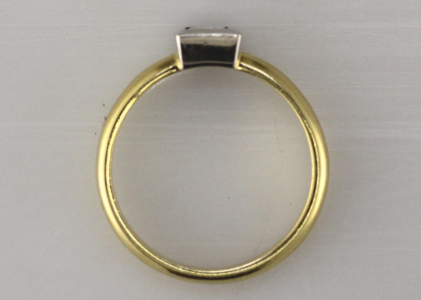 18ct Princess Cut Rub Over Diamond Ring 0.45 Carats - Image 7 of 8
