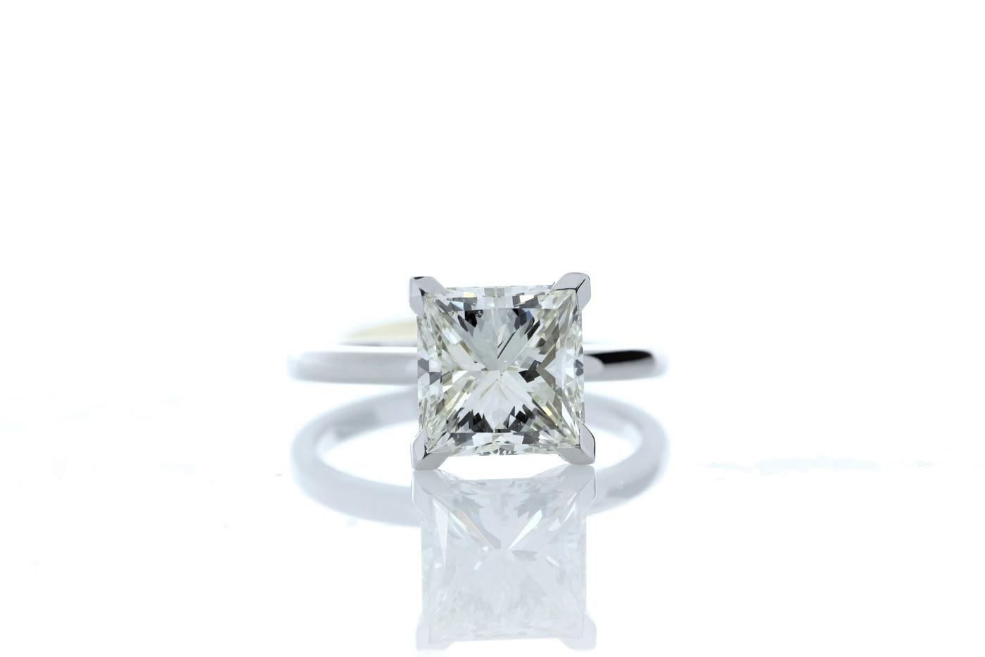 Lot 21 - 18ct White Gold Princess Cut Diamond Ring 3.09 Carats
