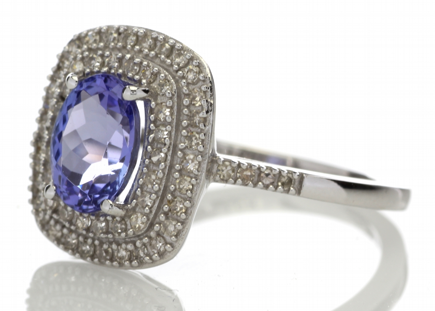 9ct Gold Oval Tanzanite And Diamond Cluster Ring 0.33 Carats - Image 2 of 5