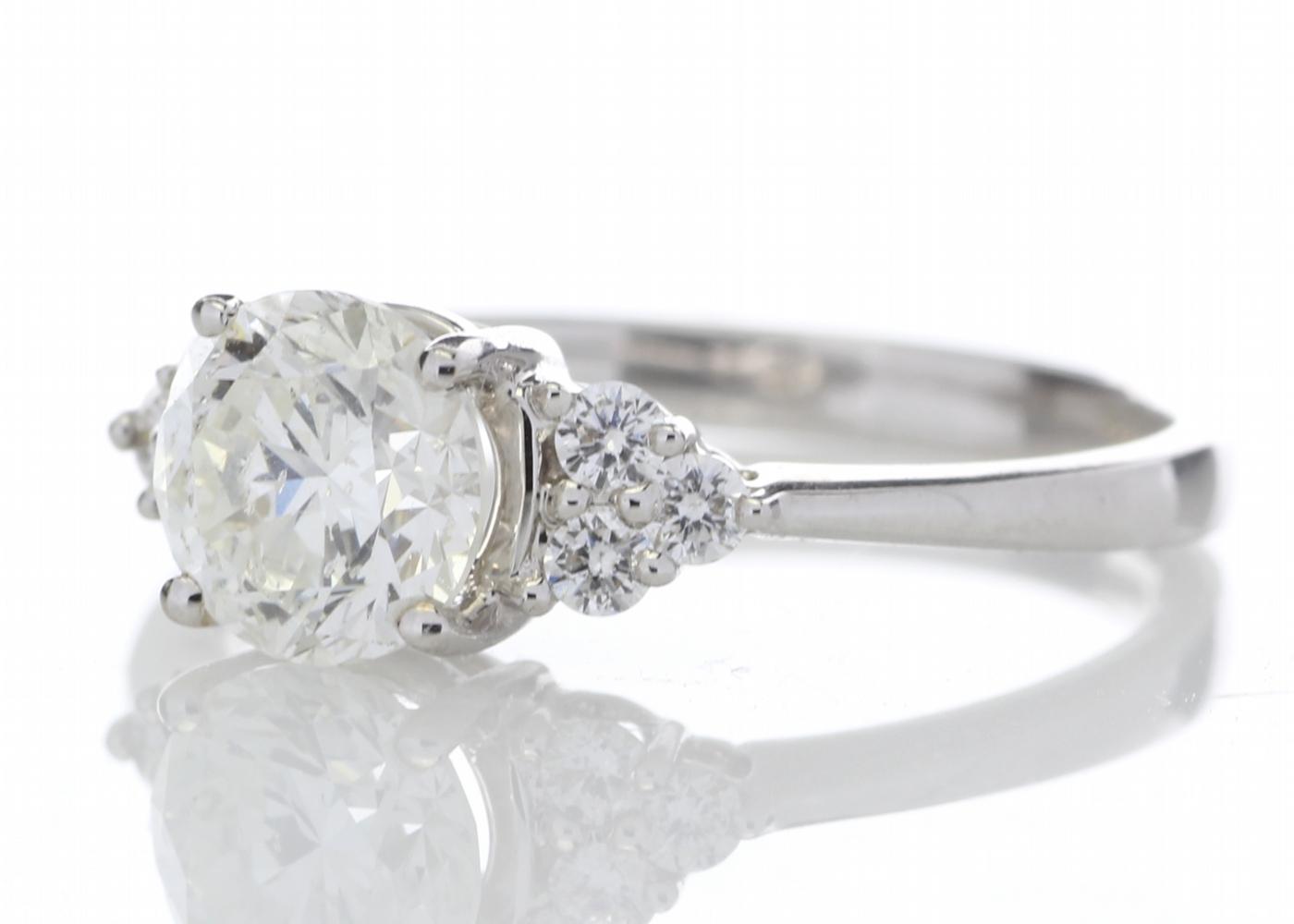 18ct White Gold Heart Shape Diamond Ring 1.29 Carats - Image 2 of 5