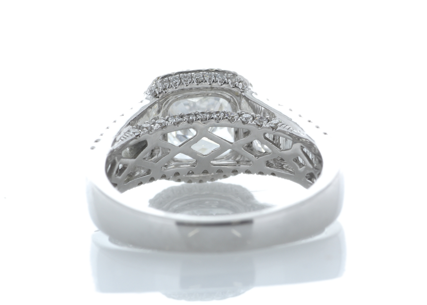 18ct White Gold Halo Set Ring 3.14 Carats - Image 3 of 5