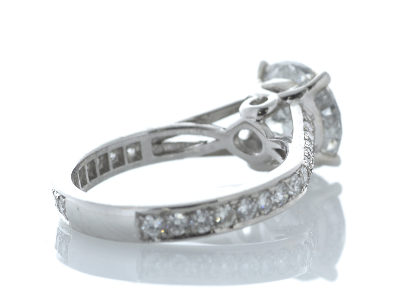18ct White Gold Stone Set Shoulders Diamond Ring 3.67 Carats - Image 3 of 4