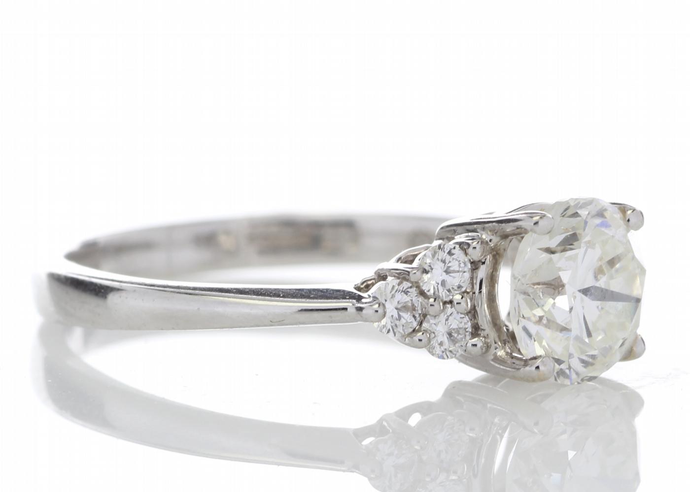 18ct White Gold Heart Shape Diamond Ring 1.29 Carats - Image 4 of 5