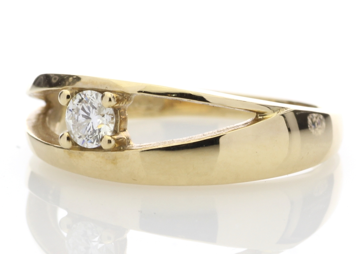 9ct Yellow Gold Claw Set Diamond Ring 0.18 Carats - Image 2 of 4