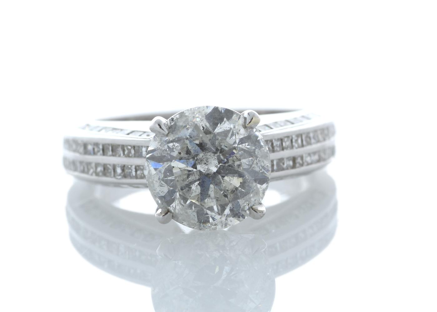 Lot 28 - 18ct White Gold Stone Set Shoulders Diamond Ring 4.51 Carats