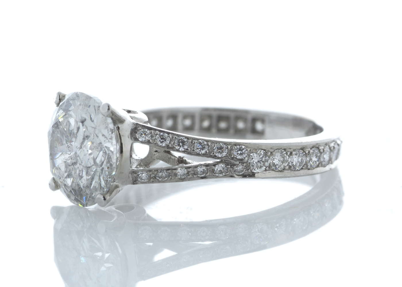 18ct White Gold Stone Set Shoulders Diamond Ring 3.67 Carats - Image 2 of 4