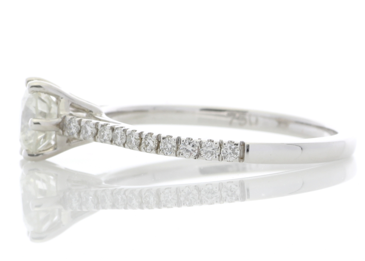 18ct White Gold Solitaire Diamond ring With Stone Set Shoulders 0.90 Carats - Image 3 of 5