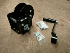1 X 2000Lbs Black Hand Winch With Brake (Not For Lifting) (Hwb20)