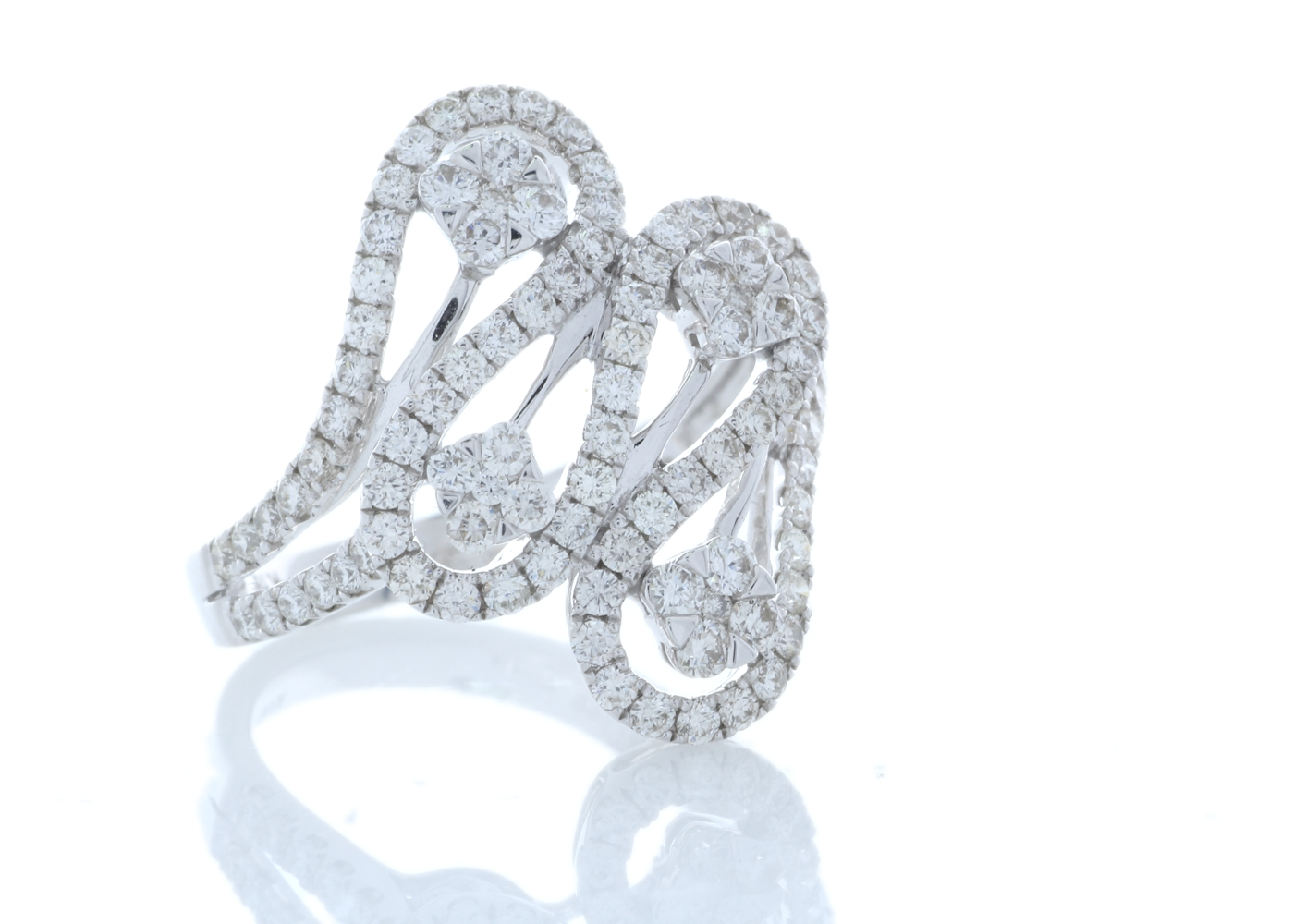 18ct White Gold Fancy Cluster Diamond Ring 1.15 Carats - Image 4 of 4