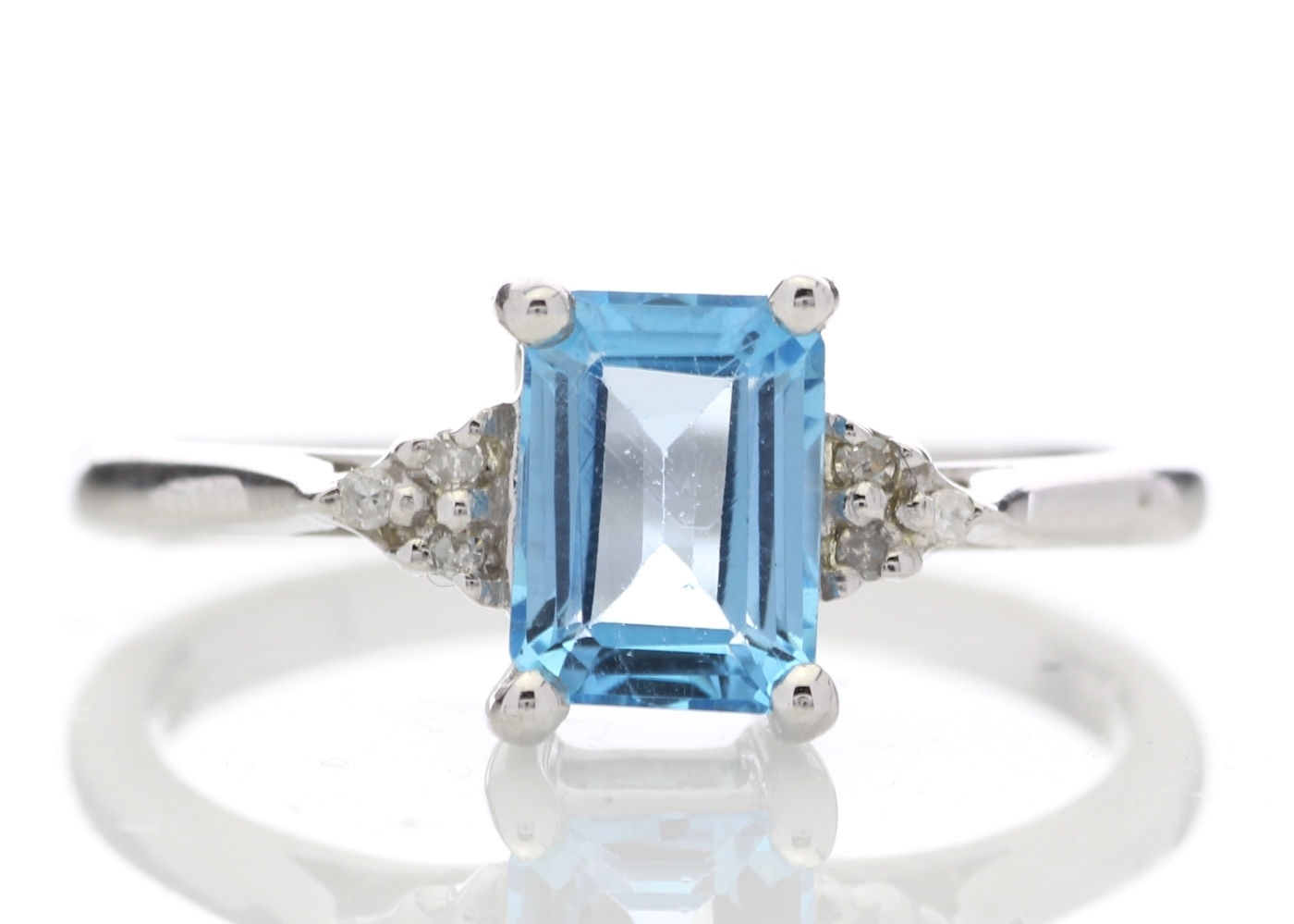 9ct White Gold Diamond And Blue Topaz Ring 0.03 Carats