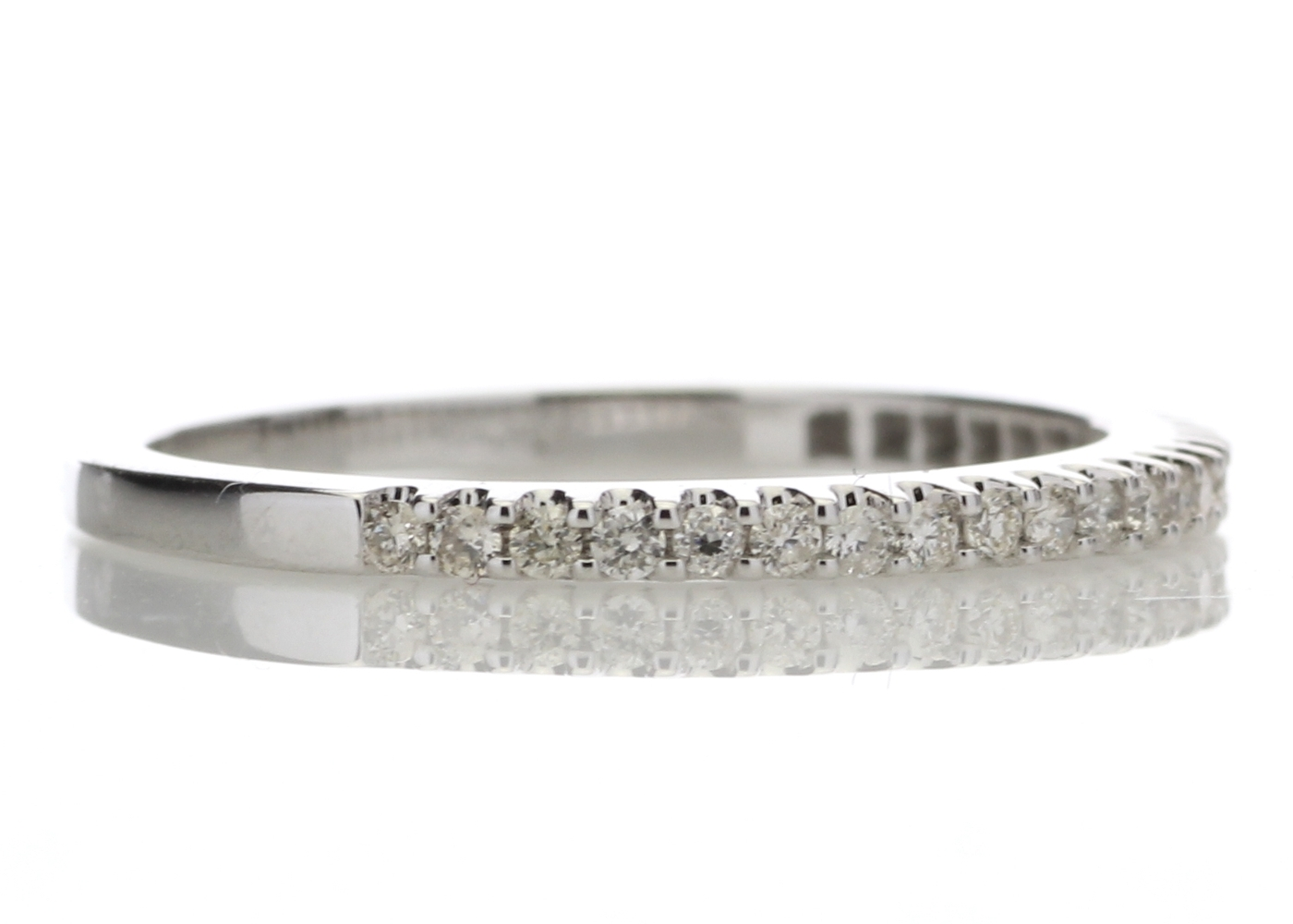 9ct White Gold Diamond Half Eternity Ring 0.25 Carats - Image 4 of 4