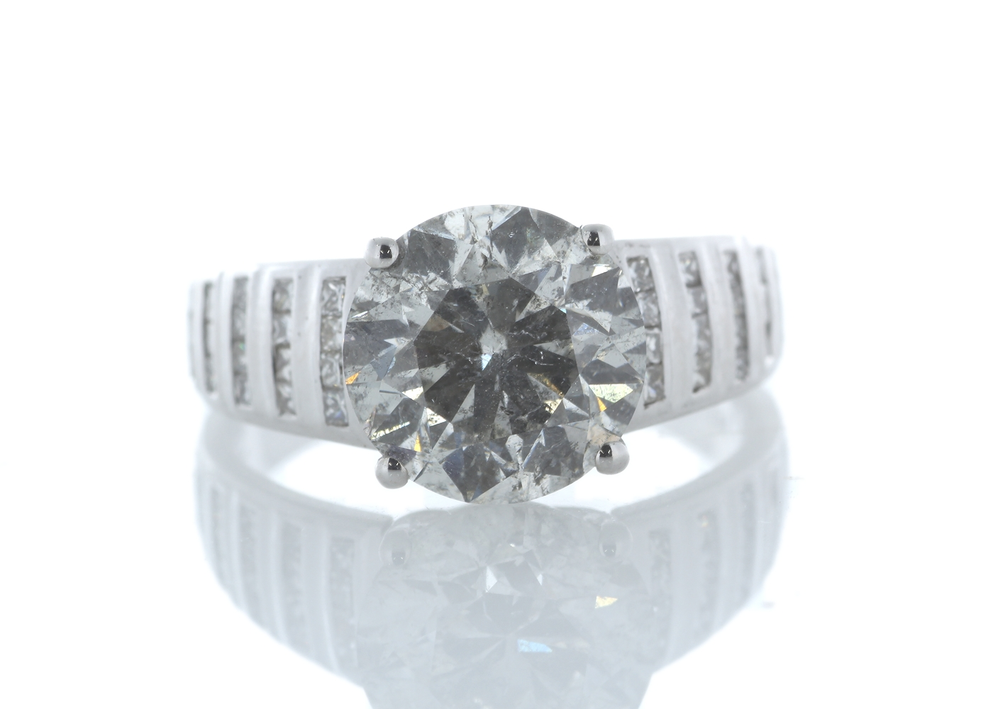 Lot 26 - 18ct White Gold Single Stone Prong Set With Stone Set Shoulders Diamond Ring 4.65 Carats