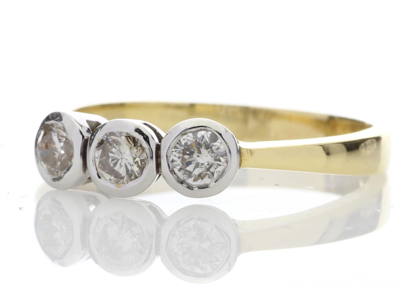 18ct Three Stone Claw Set Diamond Ring 0.75 Carats - Image 2 of 4