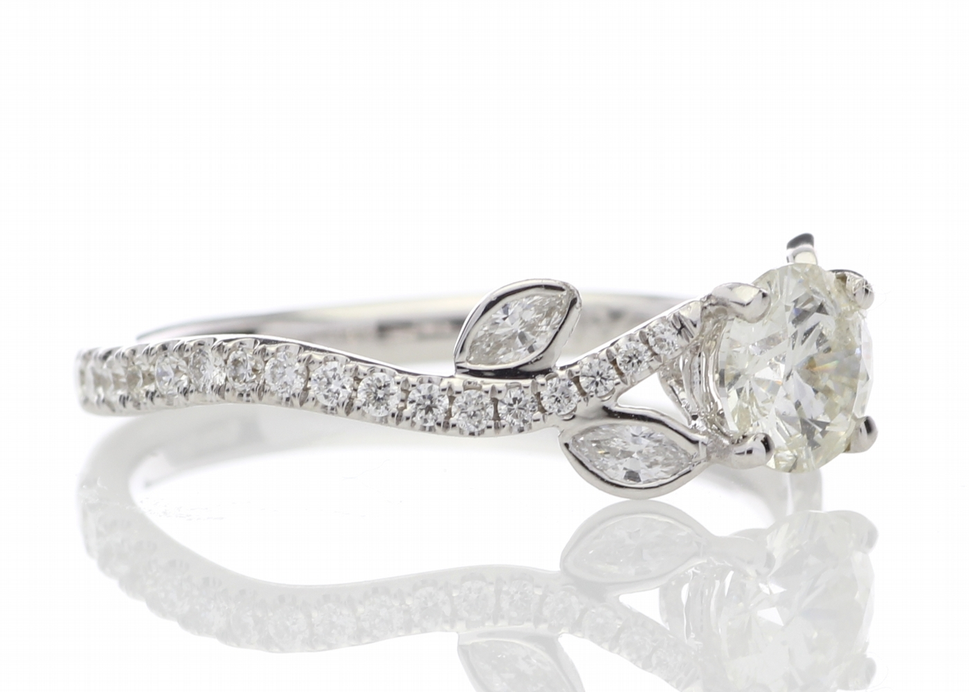 18ct White Gold Single Stone Diamond Ring With Stone Set Shoulders (0.55) 0.91 Carats - Image 4 of 5