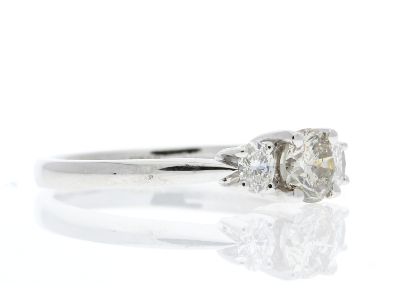 18ct White Gold Three Stone Claw Set Diamond Ring 0.73 Carats - Image 4 of 5