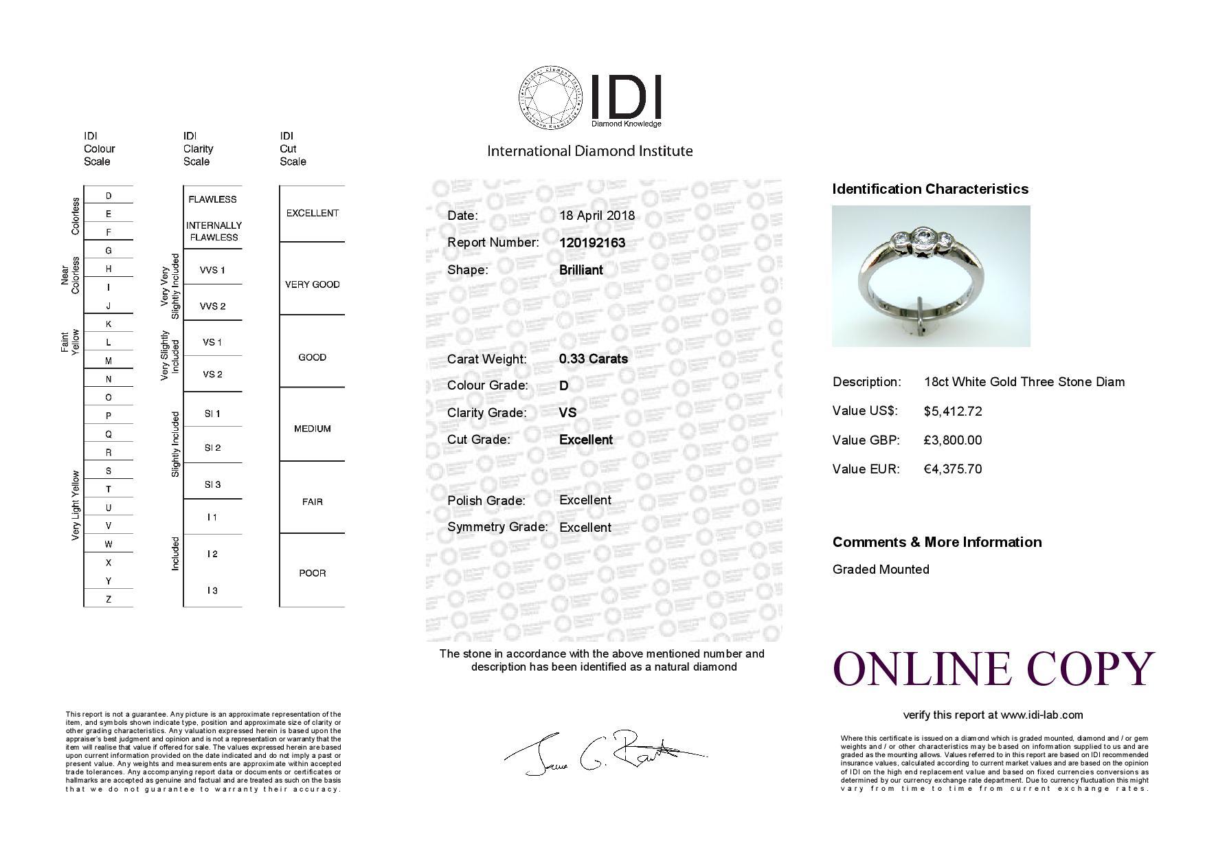 Lot 33 - 18ct Three Stone Rub Over Set Diamond Ring 0.33 Carats