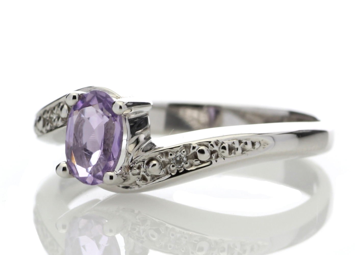 9ct White Gold Amethyst Diamond Ring 0.01 Carats - Image 2 of 4