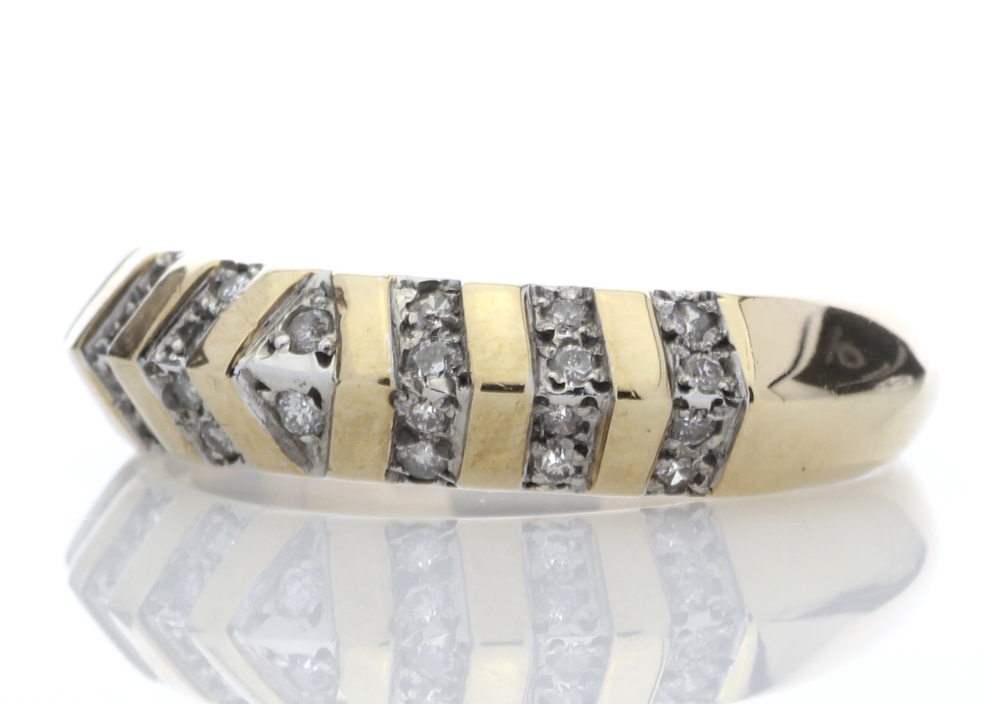 Lot 42 - 9ct Half Eternity Fancy Diamond Ring 0.21 Carats