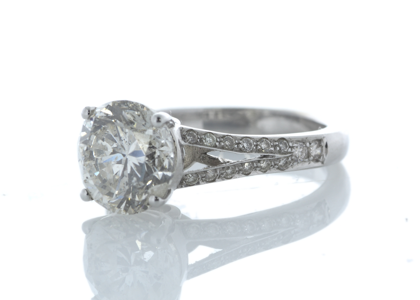 18ct White Gold Single Stone Prong Set With Stone Set Shoulders Diamond Ring 3.56 Carats - Image 2 of 4