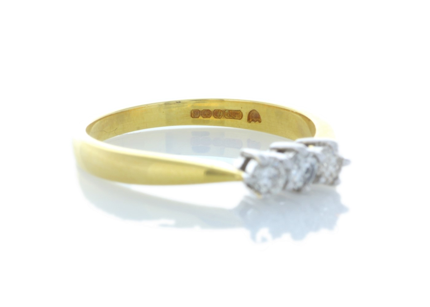 Lot 41 - 9ct Yellow Gold Three Stone Claw Set Diamond Ring 0.25 Carats