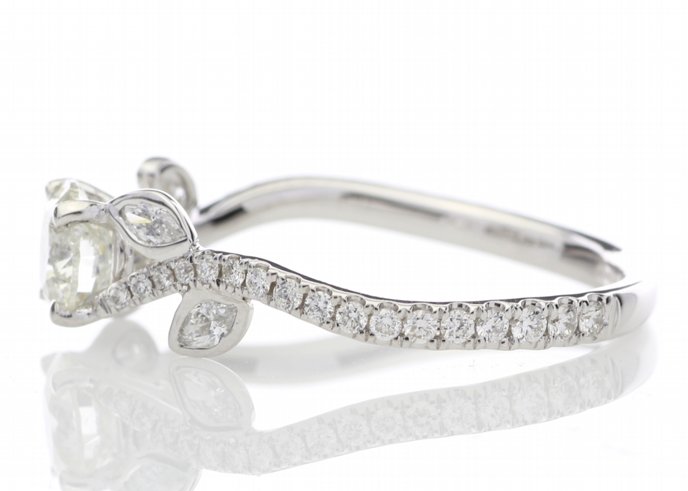 18ct White Gold Single Stone Diamond Ring With Stone Set Shoulders (0.55) 0.91 Carats - Image 3 of 5