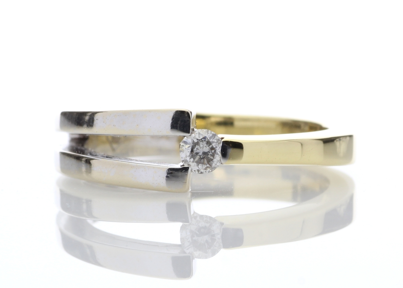 18ct Two Tone Diamond Set Ring 0.13 Carats