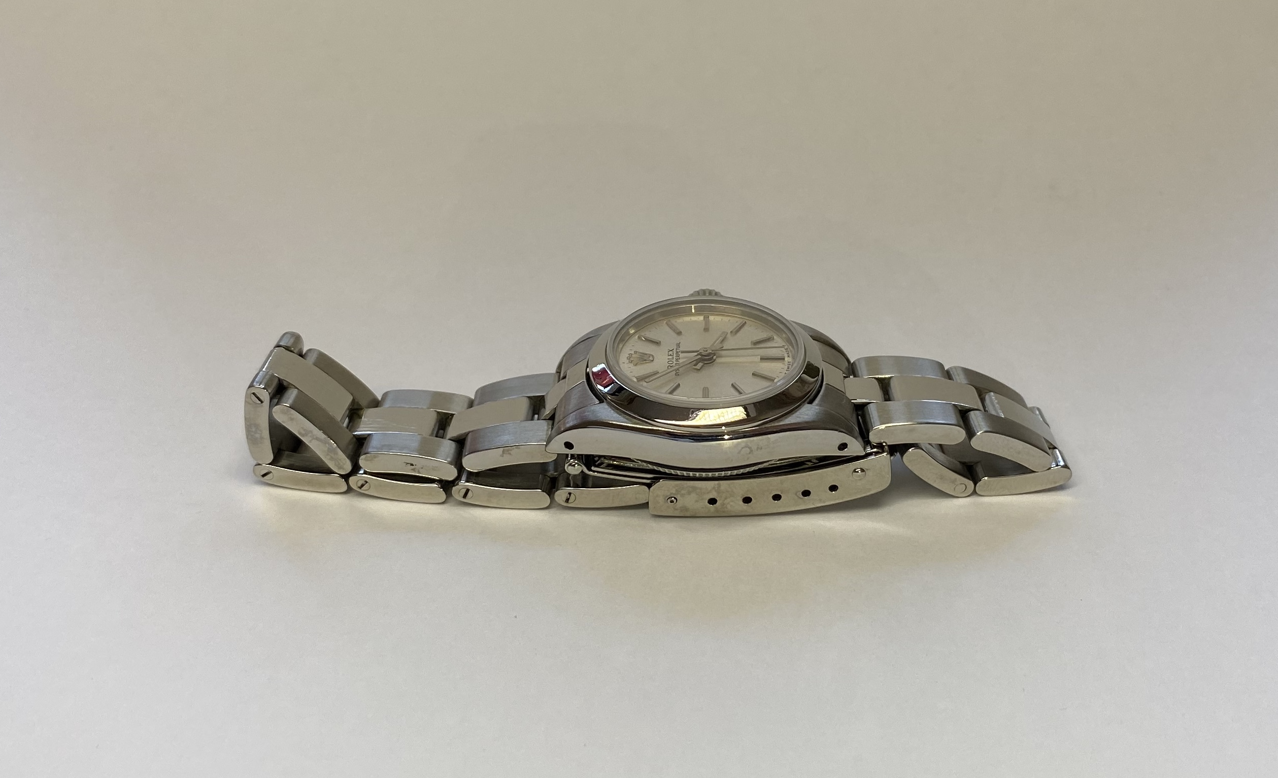 Lot 10 - Ladies Rolex Oyster Perpetual 67180 Automatic *24 MONTH GUARANTEE*