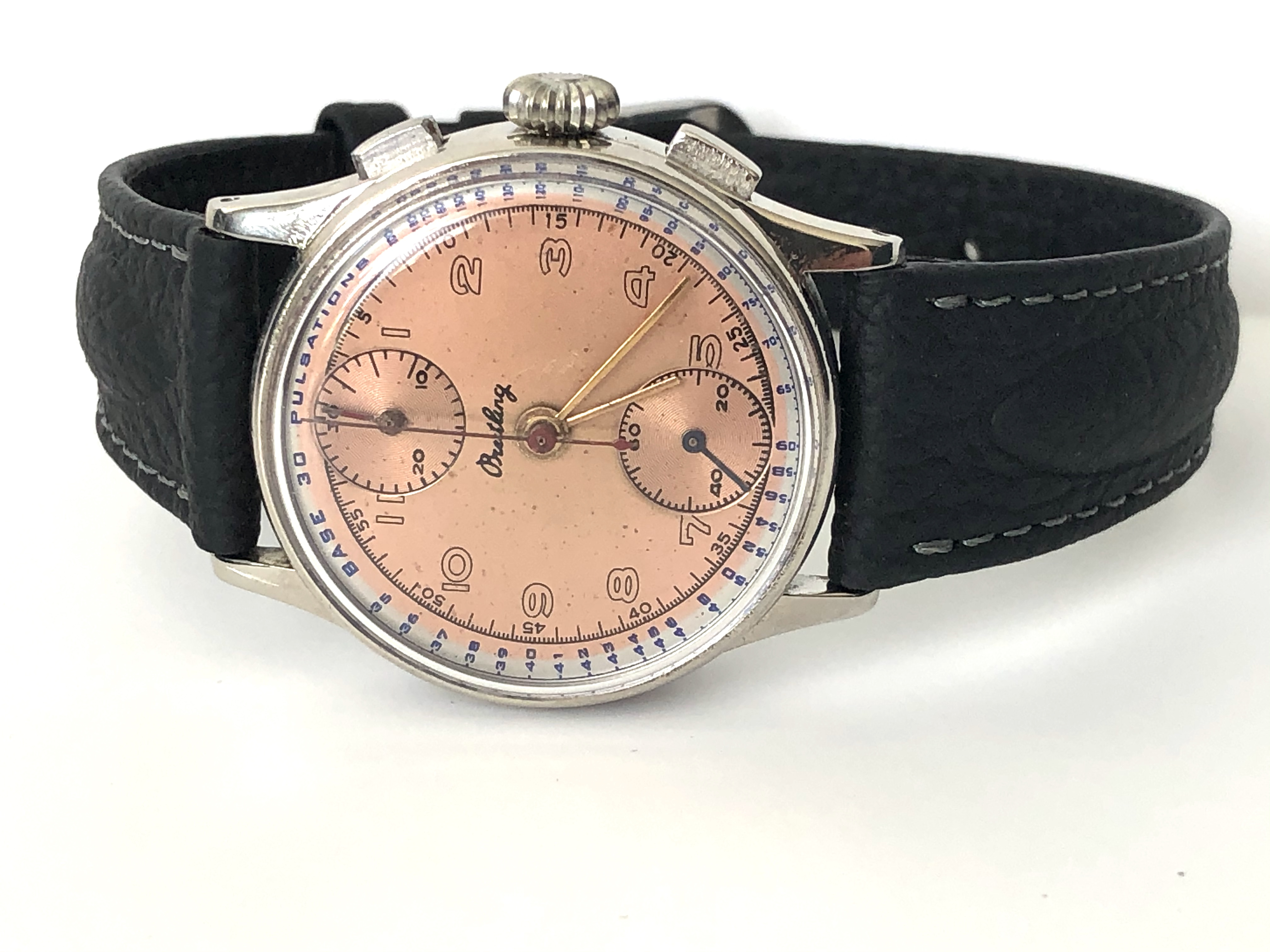 Lot 27 - Rare Vintage Breitling Chronograph Watch Circa 1940's