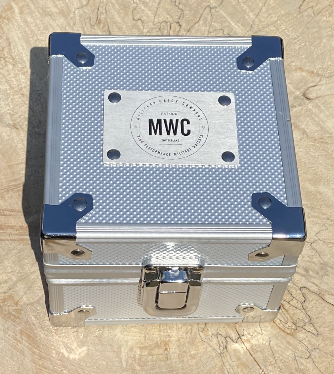 Lot 20 - MWC DEPTHMASTER AUTOMATIC 1000m *24 MONTH GUARANTEE* (OFFICIAL DEALER)