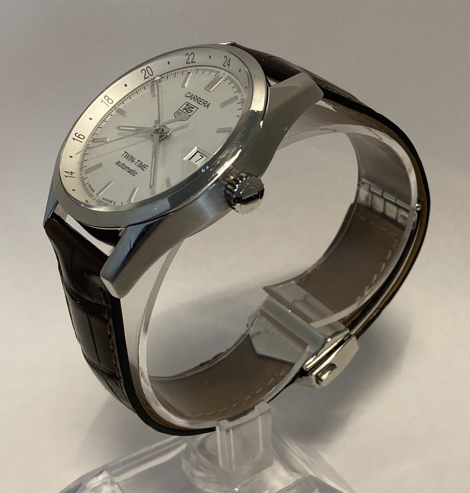 Lot 34 - Gents Tag Heuer Gmt Carrera Twin-Time Automatic