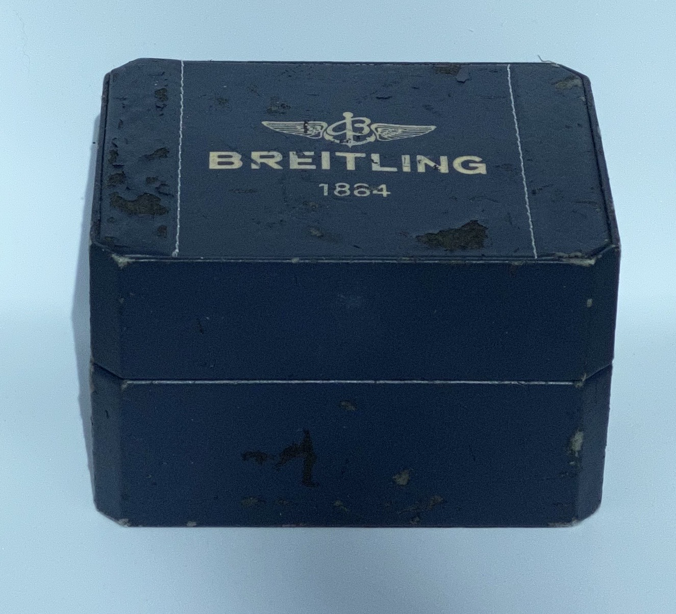 Lot 11 - Breitling Colt A17035