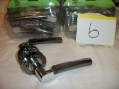 5 Pair x Dale Hardware Ultimo Lever on Round Rose Handles
