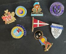 Vintage Enamelled Robinsons Golly Golfing Badge & 7 Others Includes Military