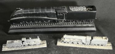 Vintage 3 x Collectable Trains One Coal 2 x Royal Hampshire Pewter