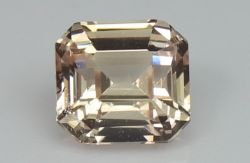 Peach Sapphire, 1.25 Ct