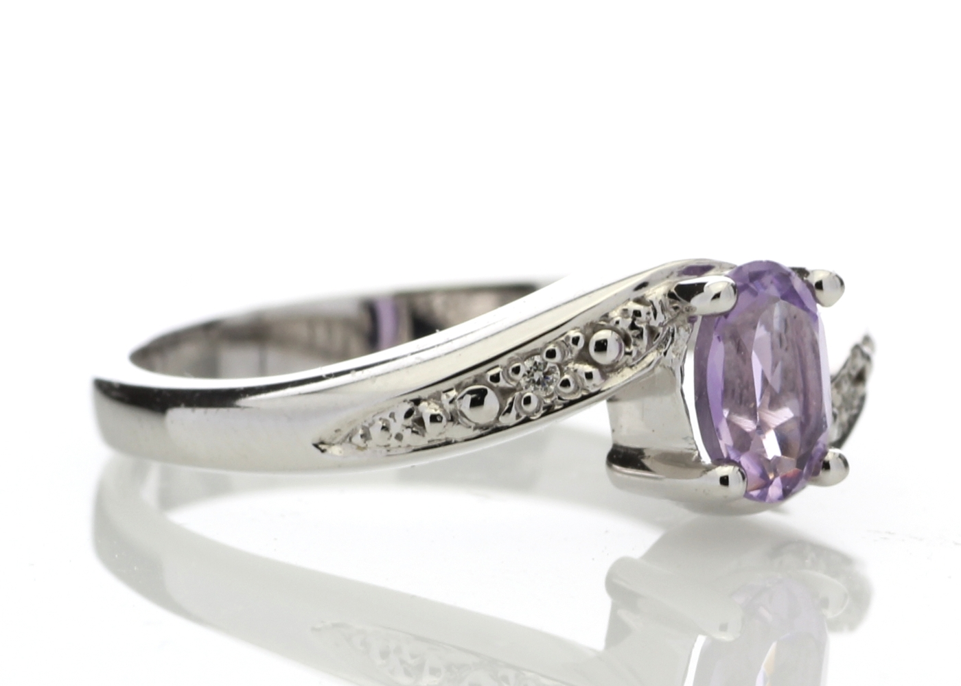Lot 51 - 9ct White Gold Amethyst Diamond Ring 0.01 Carats