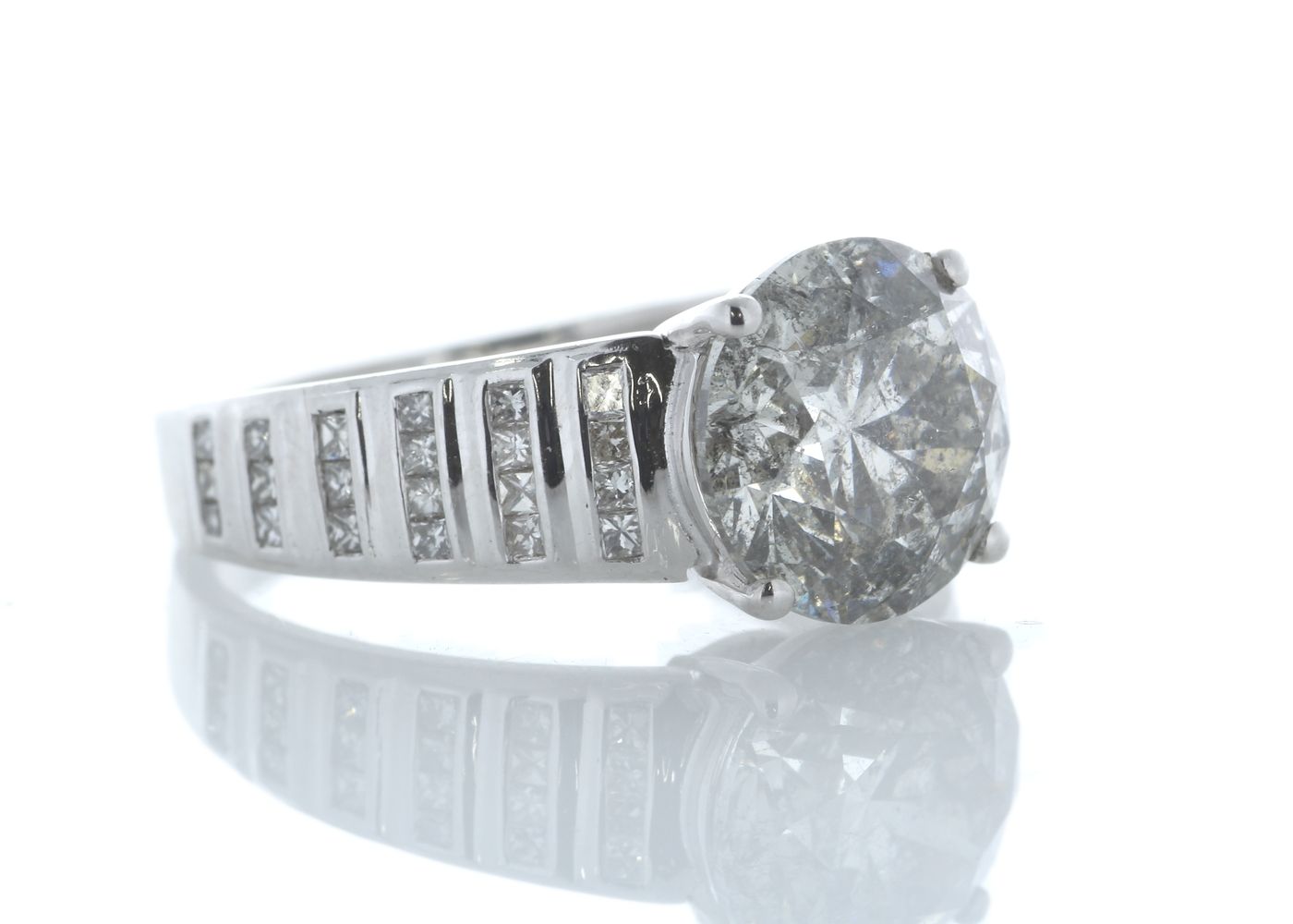 Lot 25 - 18ct White Gold Single Stone Prong Set With Stone Set Shoulders Diamond Ring 4.65 Carats