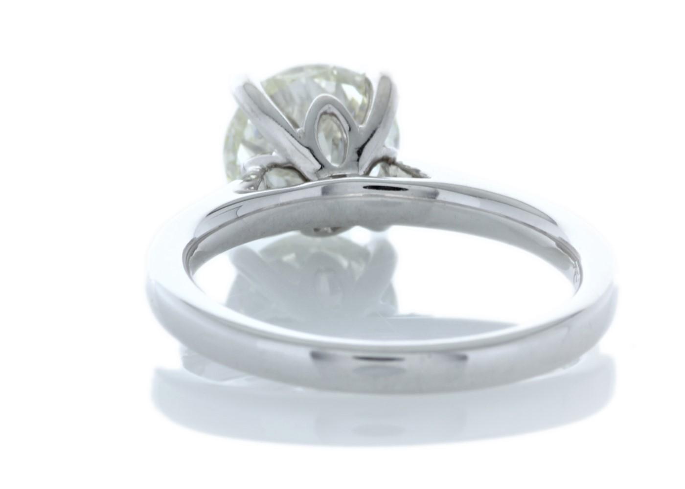 Lot 10 - 18ct White Gold Single Stone Claw Set Diamond Ring 2.05 Carats