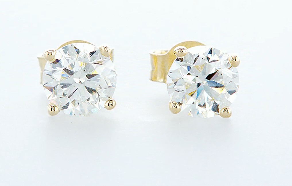 Lot 48 - 14 kt. Yellow gold - Earrings - 1.40 ct Diamond - Diamonds